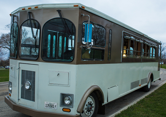 Corporate Holiday Trolley Bus Rental Chicago